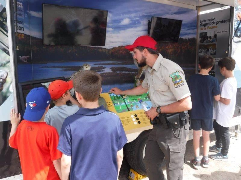 L'unité d'éducation mobile au Tournoi de pêche au doré de Sagunenay