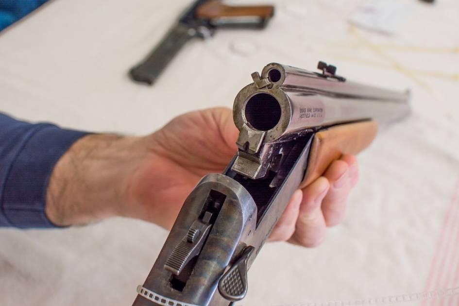 Six règles pour nettoyer correctement et efficacement son arme à feu