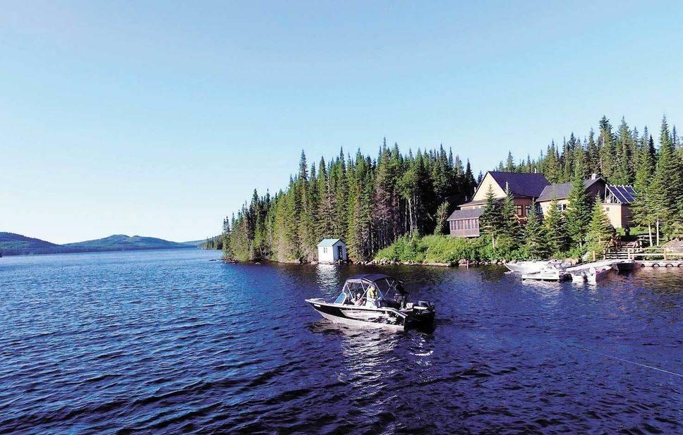 Le lac des Neiges, un rêve réalisable pour les pêcheurs de mouchetées