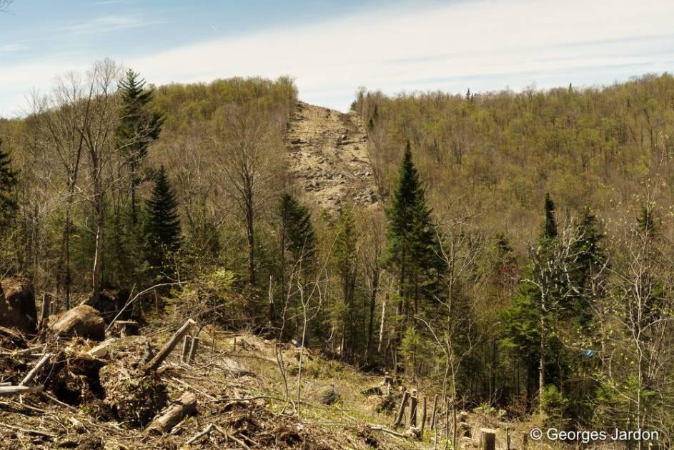 Deux lacs des Laurentides menacés par des travaux d'Hydro-Québec