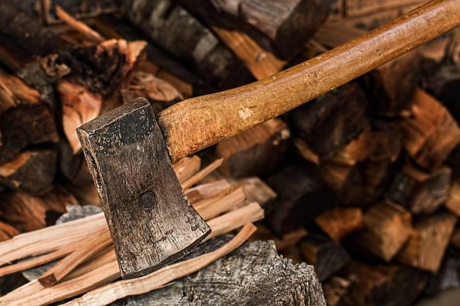 Récolter du bois de chauffage dans les forêts publique d'Abitibi-Témiscamingue