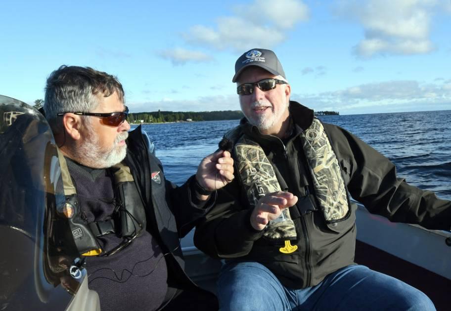 Partir à la pêche avec les quatre principaux partis politiques au Québec
