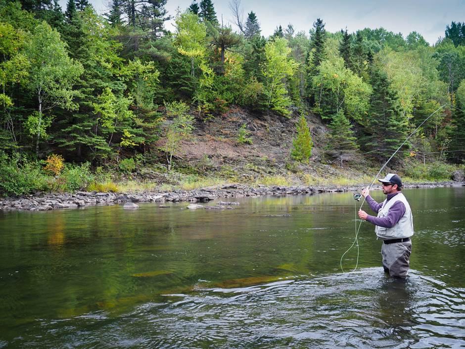 La période de réservation des séjours de pêche au saumon 2019 est débutée