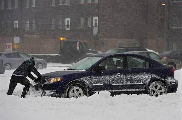 Chutes de neige dans plusieurs régions du Québec vendredi