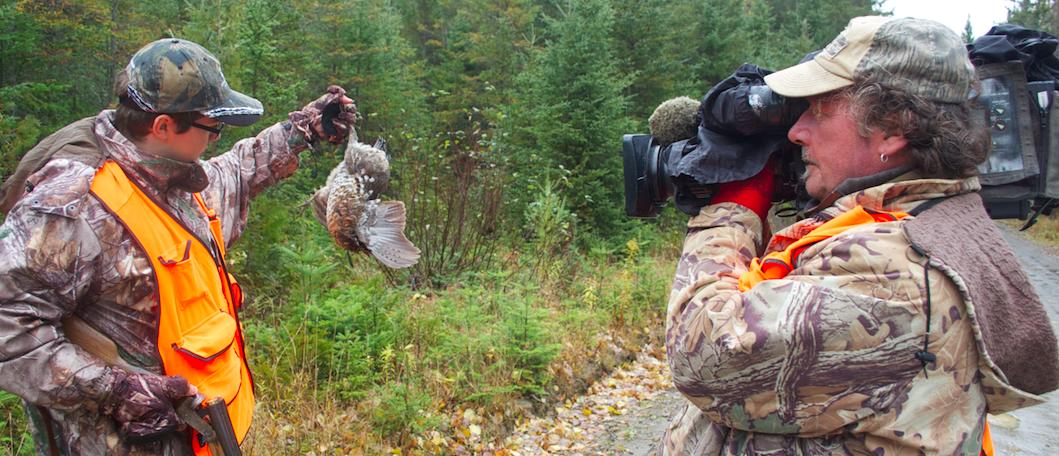 Hans Campbell « chasse et pêche » à travers sa caméra!