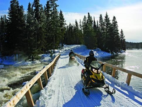 Des activités pour les motoneigistes québécois à surveiller en janvier