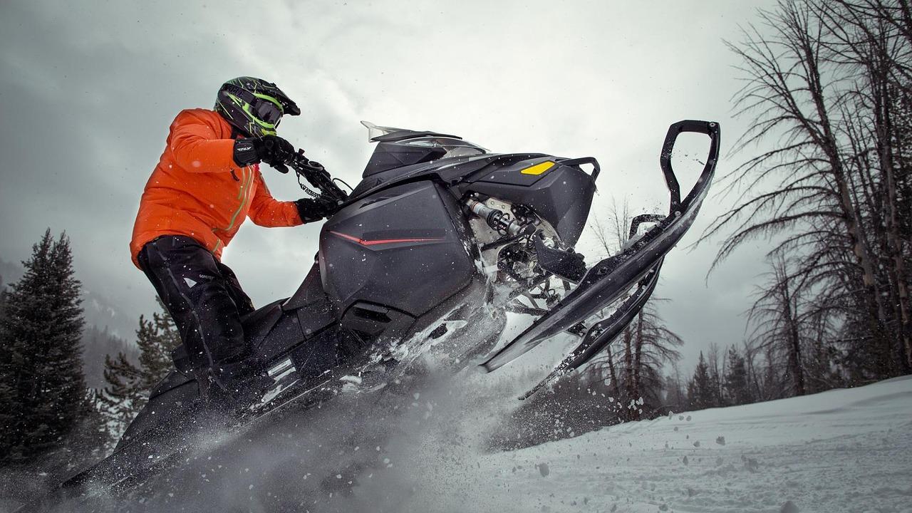 La saison de motoneige est en retard dans plusieurs régions du Québec