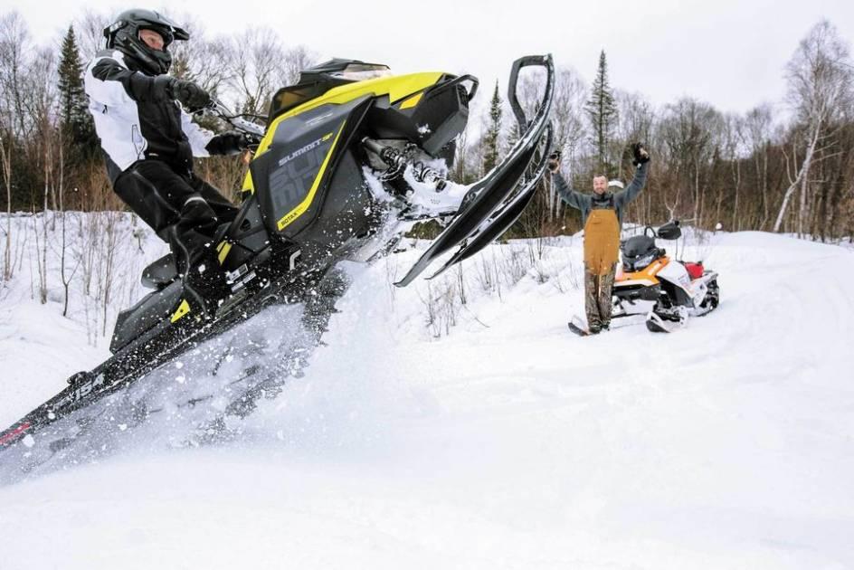 Pratiquer la motoneige en pourvoirie, toute une aventure