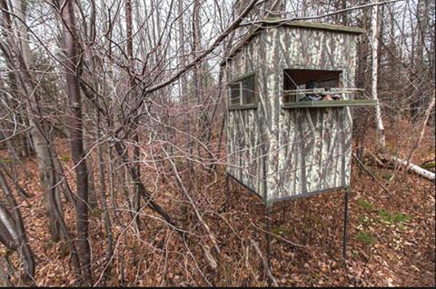 Un employé de zec peut-il aller en forêt pour localiser des caches ?