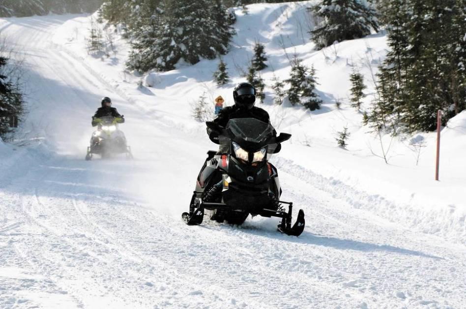 Portes ouvertes et sécurité pour les motoneigistes du Québec