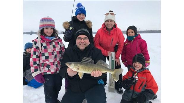 Journée de pêche blanche familiale à l'Académie du lac Saint-Pierre