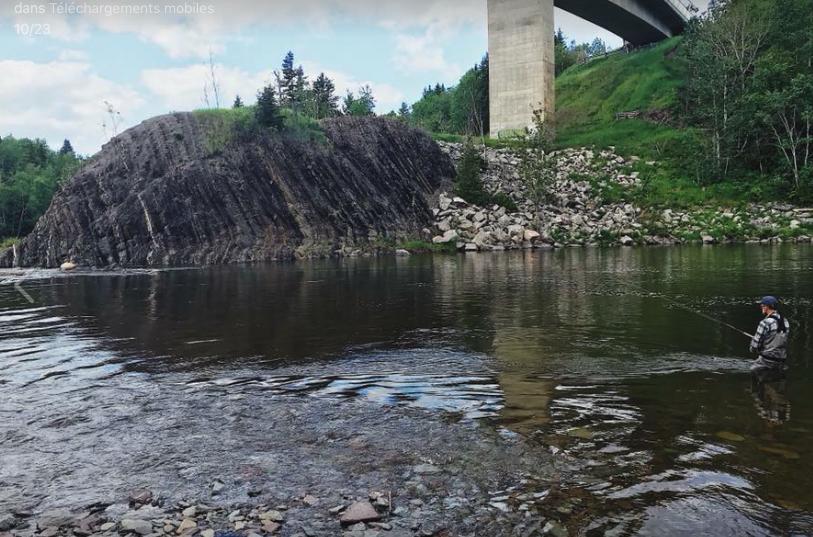 Les saumoniers lancent leur soie dans la « particulière » rivière Rimouski