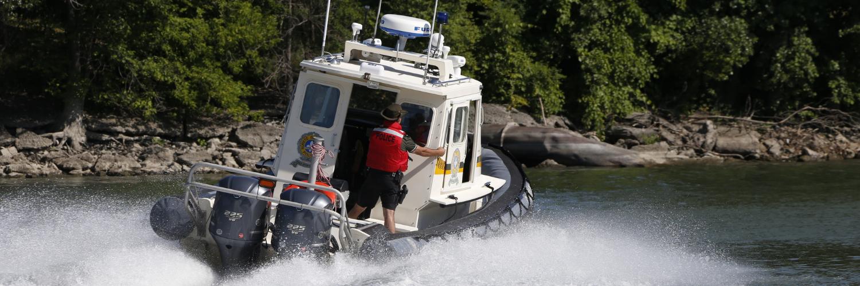 Opérations sur les plans d'eau pour déceler la capacité de conduire