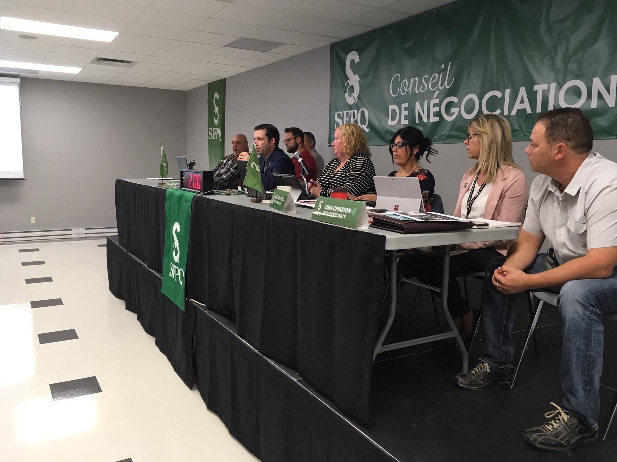 Près de 500 employés de la Sépaq en grève, perturbant les activités dechasse