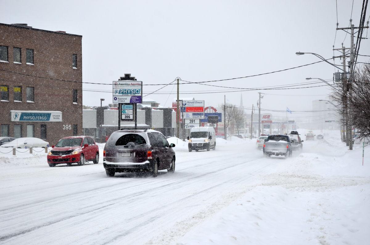 Première tempête de neige de la saison, dégradation sur les routes