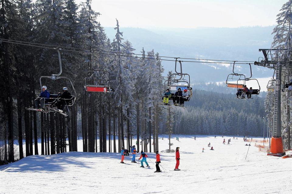 Ouverture des pistes deski alpin: une belle et longue saison s'amorce