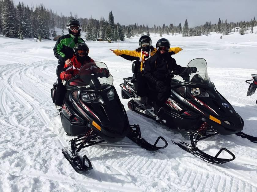 Quatre motoneigistes rescapés dans la réserve faunique des Chic-Chocs