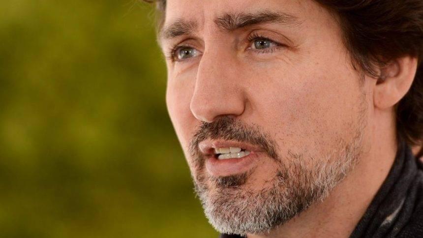 Justin Trudeau annonce la fermeture du marché des armes à feu de type militaire