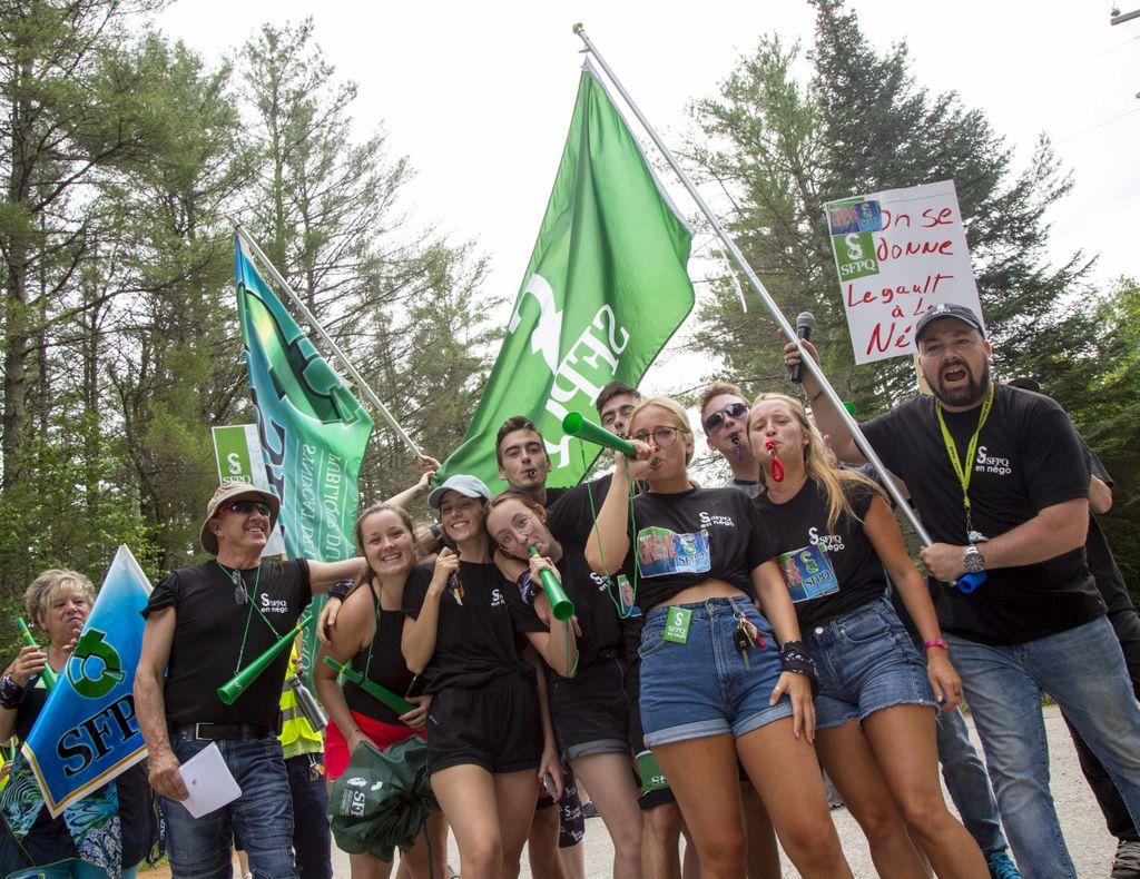 Sépaq: la menace de grève est repoussée; les parties reprennent les négociations