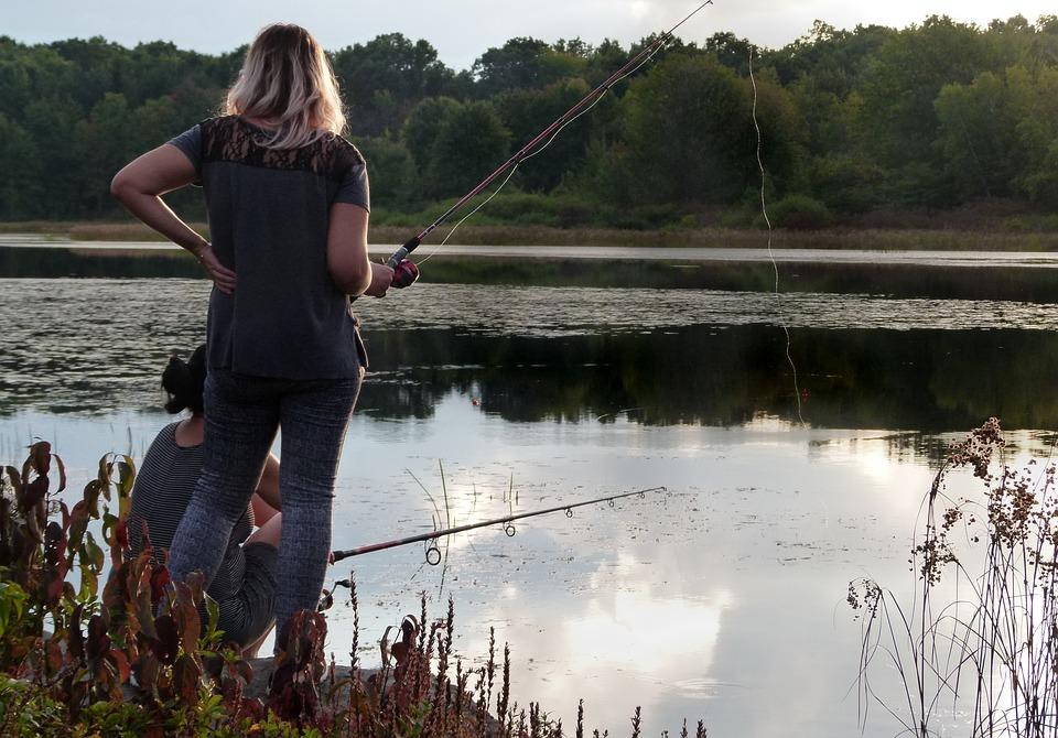 Un pesticide pour éliminer d'un lac un achigan envahissant