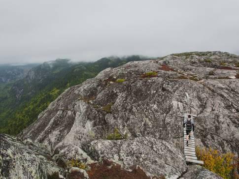 Randonnées : des sommets où passer la nuit