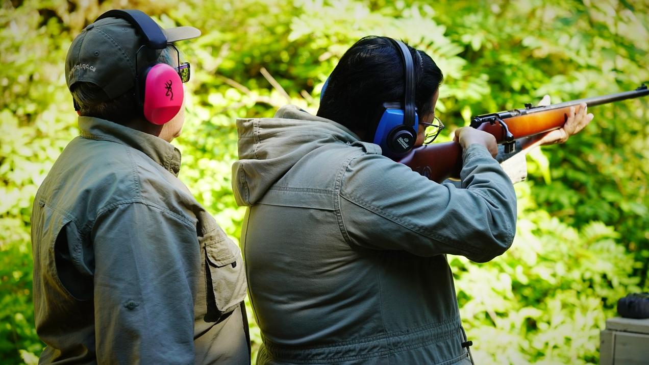 Beaucoup de questions sur le cours du maniement des armes à feu