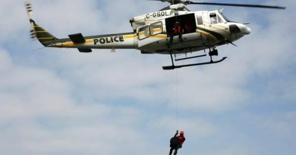 Recherches pour trouver un motoneigiste disparu sur le lac des Deux-Montagnes