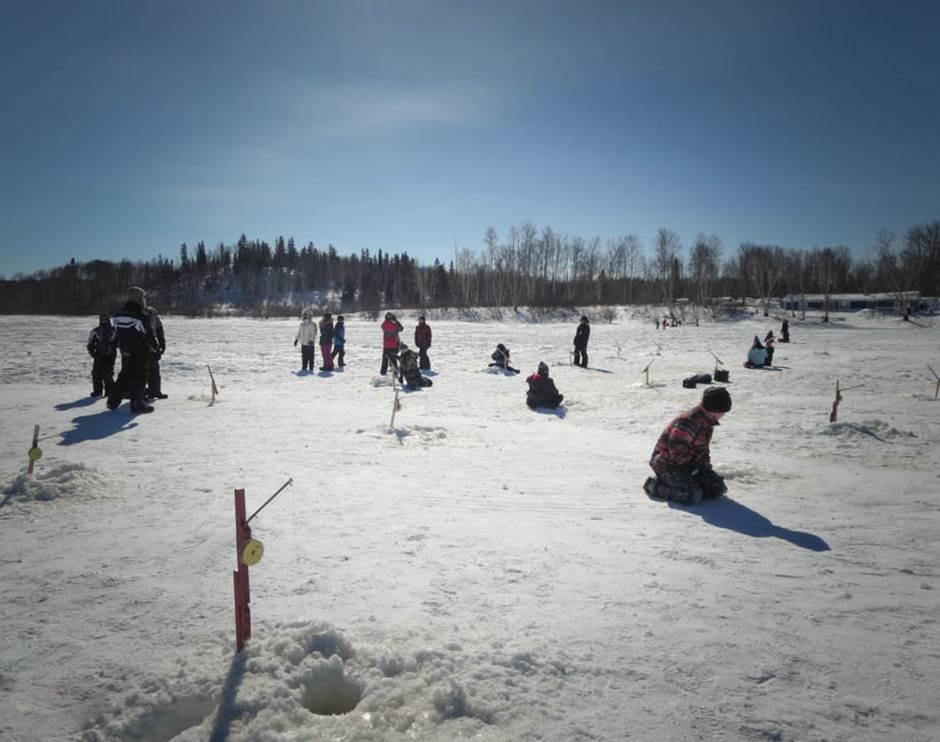 Abitibi-Témiscamingue: pêche d'hiver autorisée aux lacs Laniel1 et Laniel2