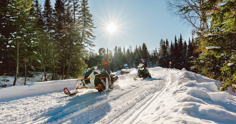 Une fin de saison abrupte pour les motoneigistes du Québec
