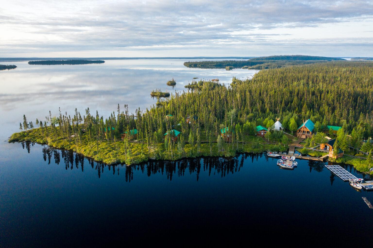 Québec alloue près de 25 M$ pour le développement des pourvoiries