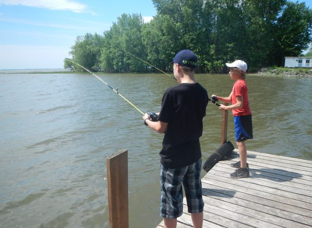 Une tarification imposée aux pêcheurs des quais du Lac Saint-Pierre