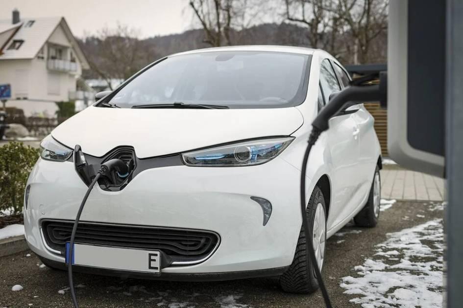 Patience requise pour acheter une voiture électrique