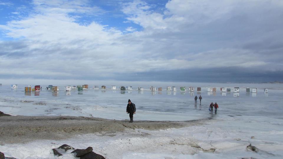 Les pêcheurs d'éperlans se réunissent pour la saison 2017-2018