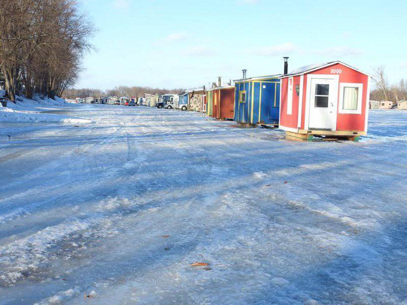 Trois fois moins de pêcheurs sur le lac Saint-Pierre cet hiver